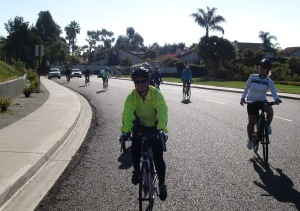 Most of the climbing now done, it was all smile on Lake Dr!